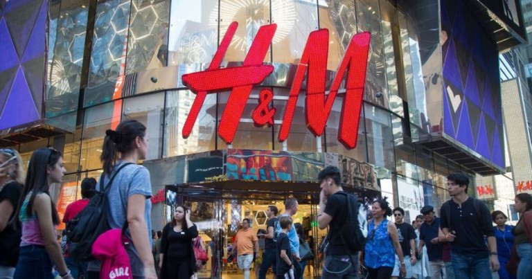 H&M launches a collection of 25 'low-cost' perfumes