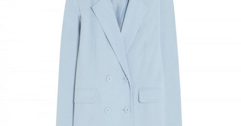 Paula Echevarría buys in Pull&Bear the ideal suit of the season