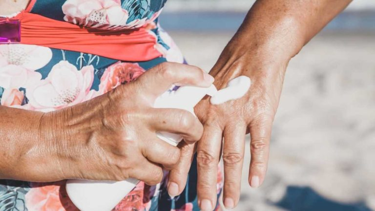 Sunscreen in the blood? A study of 24 participants analyzed over four days found something surprising