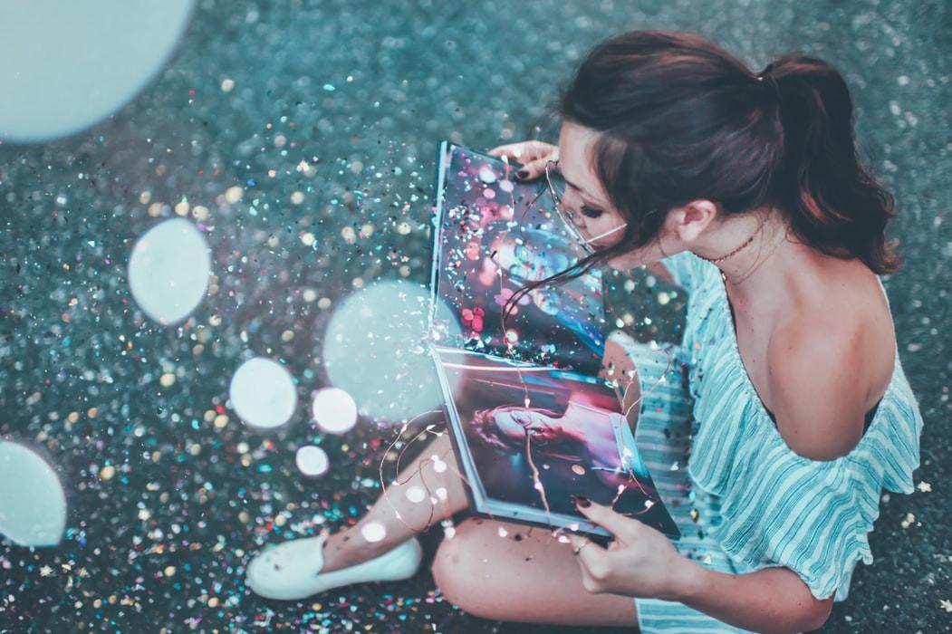 Dreamer woman
