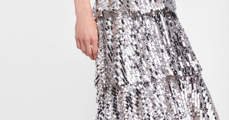 Zara's sequined skirt that causes fury among the influencers