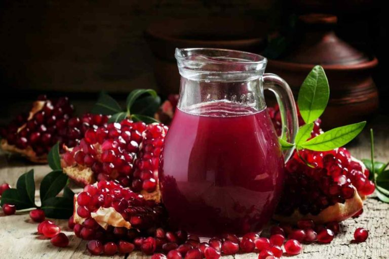 Drinking Pomegranate Juice in Pregnancy Helps Prevent Brain Injury to Baby