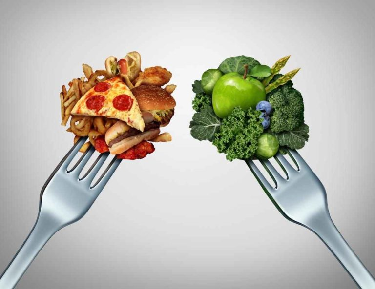 Whether or not to put the number of calories of a meal on the menu does not infer in the consumer's decision.
