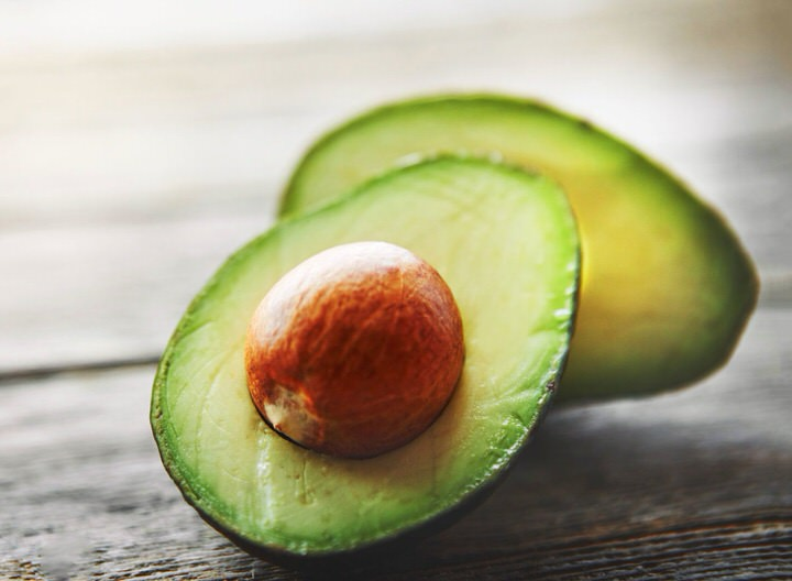 Avocado, a fruit with health benefits and properties